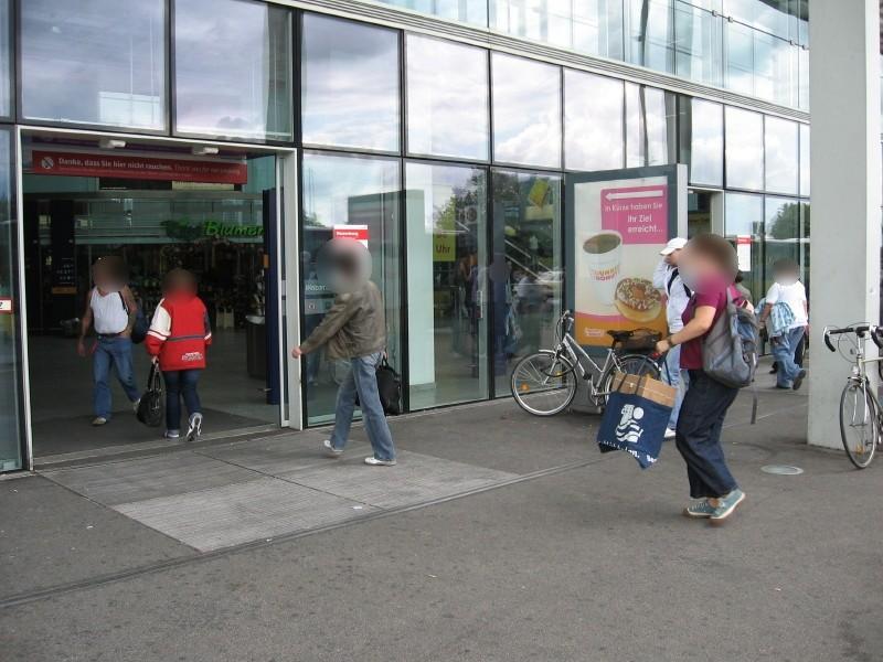 Bf Ostbahnhof, vor EH, 3.Sto. li. Seite