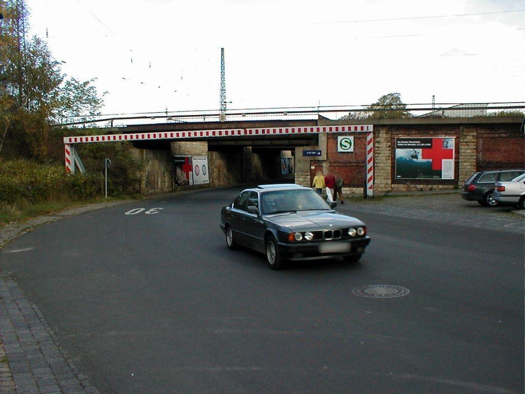 Welsleber Str., Vorplatz S-Bf Südost