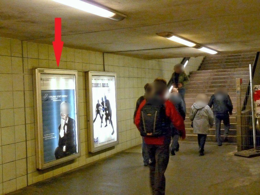 S-Bf Bundesplatz,Aufgang zur S-Bahn linke Fläche