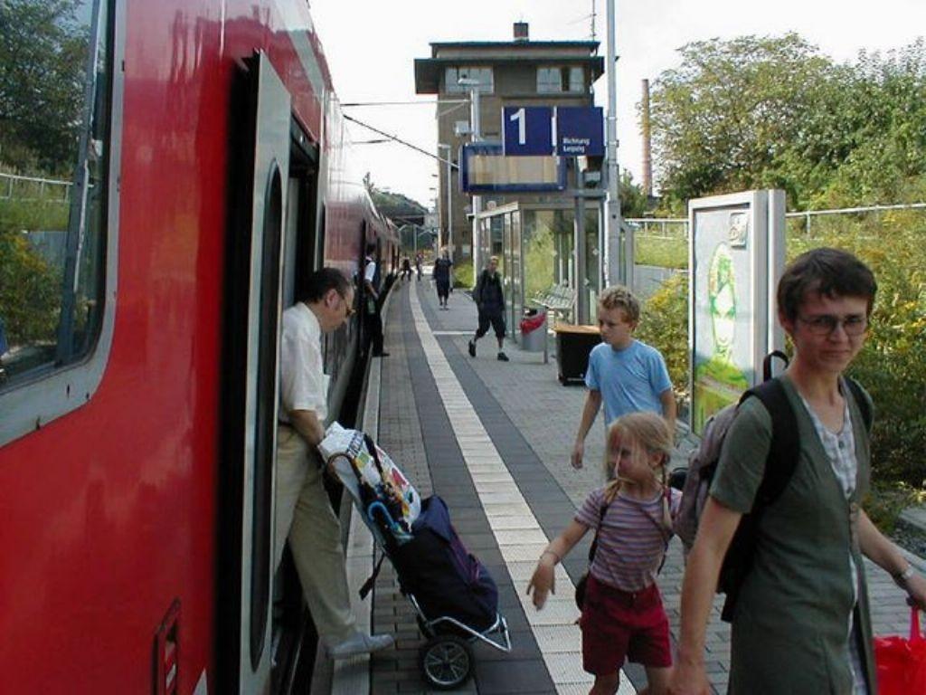 S-Bf Sellerhausen,Bstg., Gleis 1,Richtung Hbf