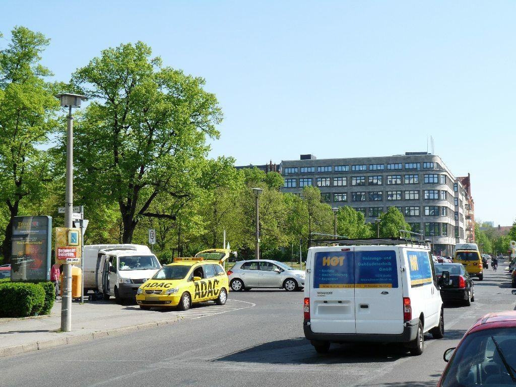 H.-Heine-Platz   3/Annenstr./We.li.