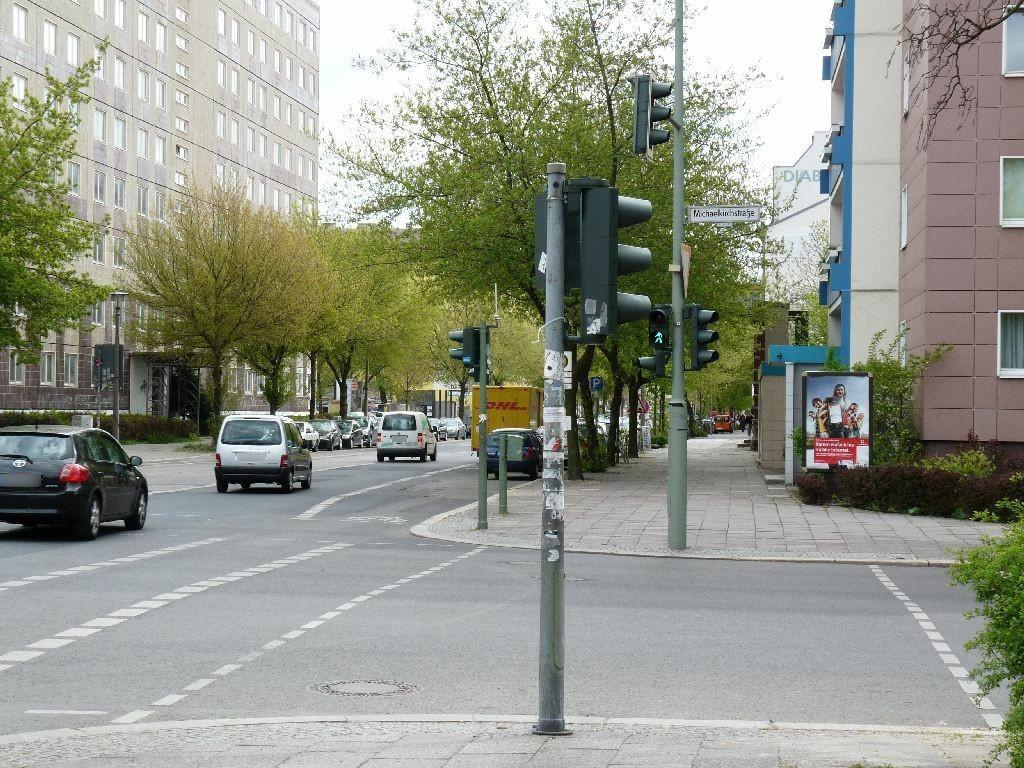 Köpenicker Str. 121/Michaelkirchstr./We.re.