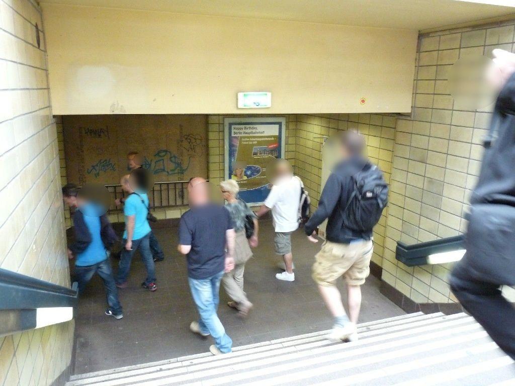 S-Bf ZoologischerGarten, Zw.-Podest,S-Bahn Abgang