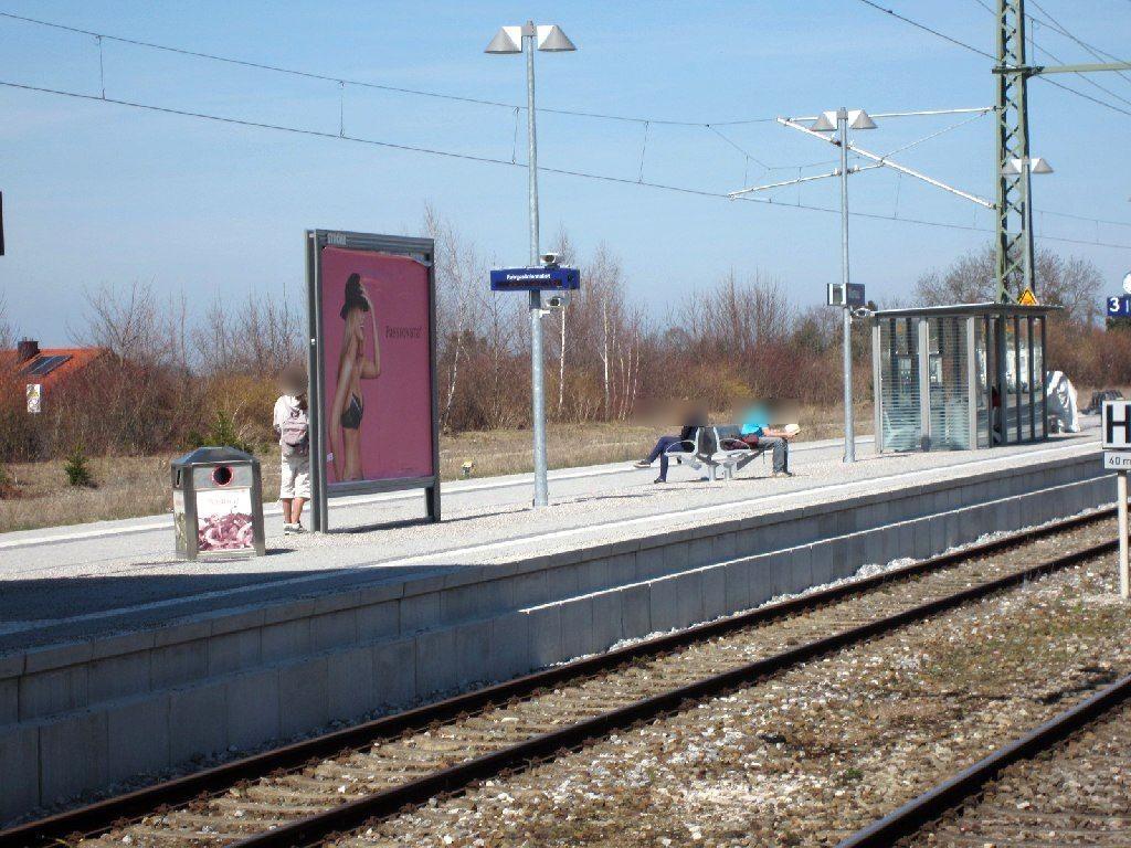 Bahnhofplatz/Bf/Bahnsteig/Gleis 2, Sto. 2
