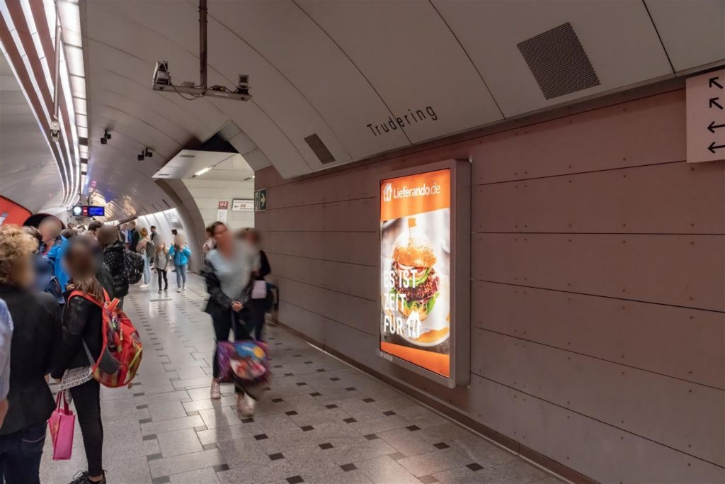 Trudering/Bahnsteig Gleis 1, 1.Sto.