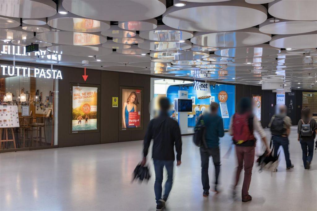 Karlsplatz/Stachus 1UG Nh. Lift u. Zug. U4/5,  li.