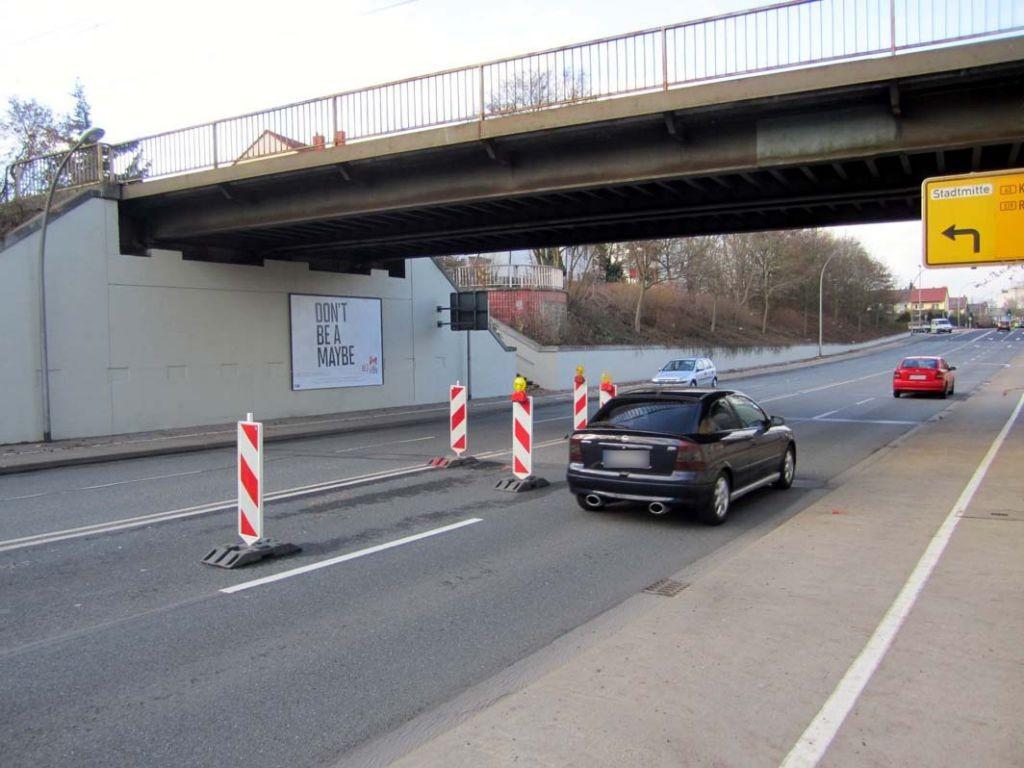 Bonner Str/Waldweg Ufg. rechts 1er
