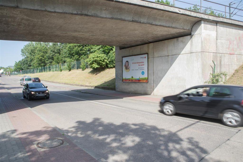 Wilhelm-Rohn-Str Ufg. ew li/Rodenbacher Weg nh