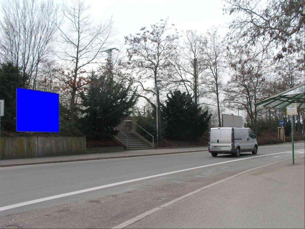 Bahnhofsplatz li. Fußgängerbrücke/Dammstr. Nh.