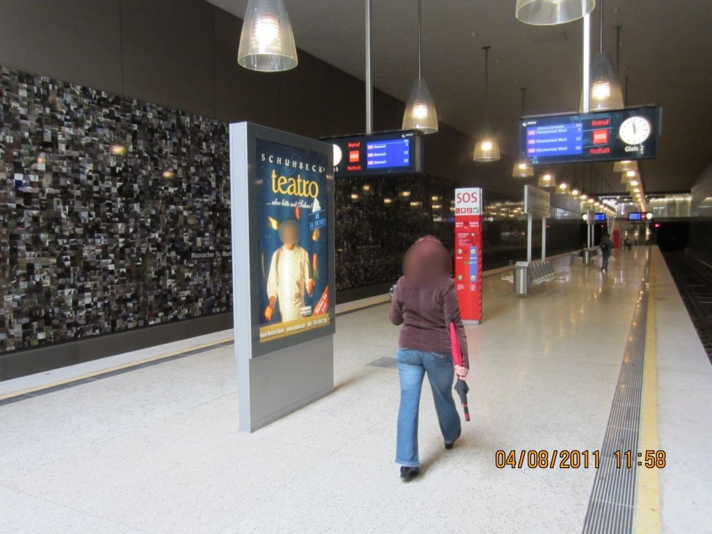 Moosacher St.-Martins-Platz Bahnsteig Gleis 2