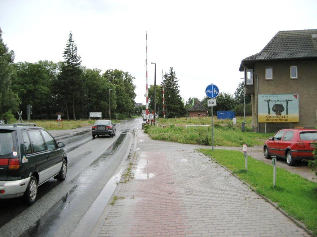 Schultetusstr./Bahnübergang