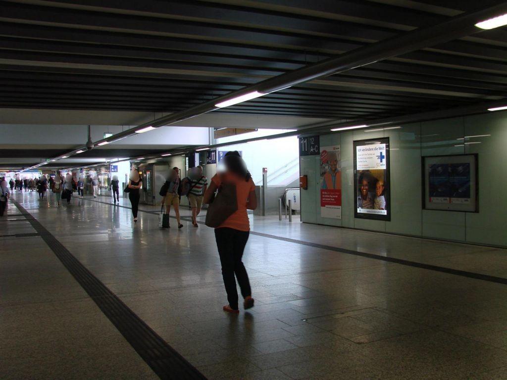 Hbf,Südtunnel Ri. City,zw. Aufg.Gl.17/14+12/9,re.