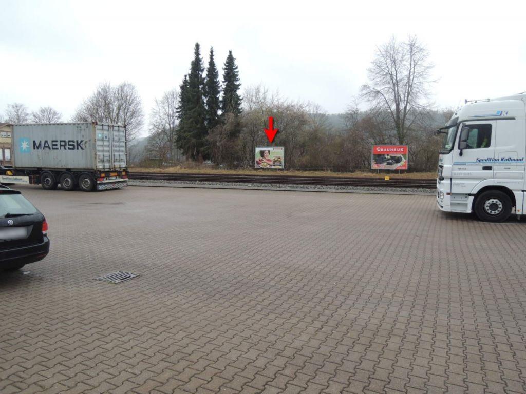 Bahnhofstr./Bahnsteig li./HGL
