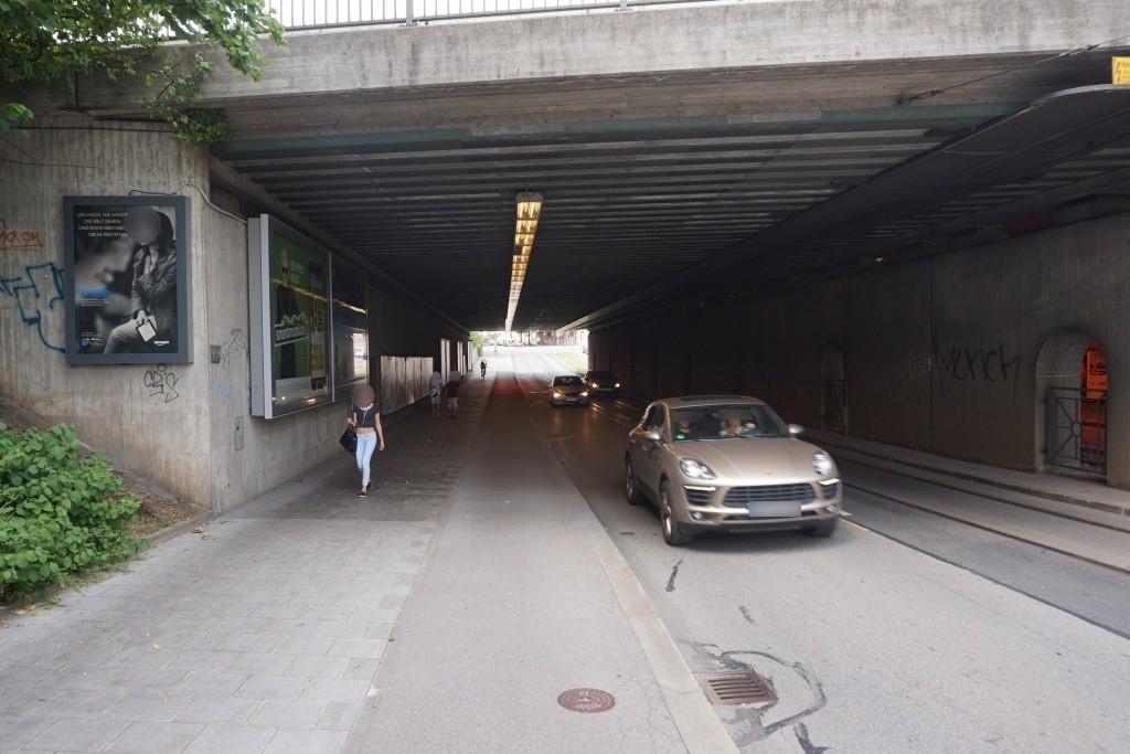 Berg-am-Laim Str./DB- Brücke sew. li.