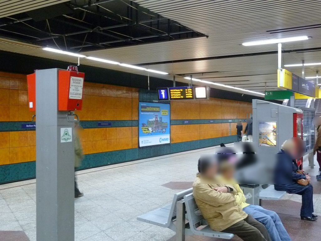 U-Bf Berliner Platz, Bstg., Gleis 1, 1. Sto. HGL