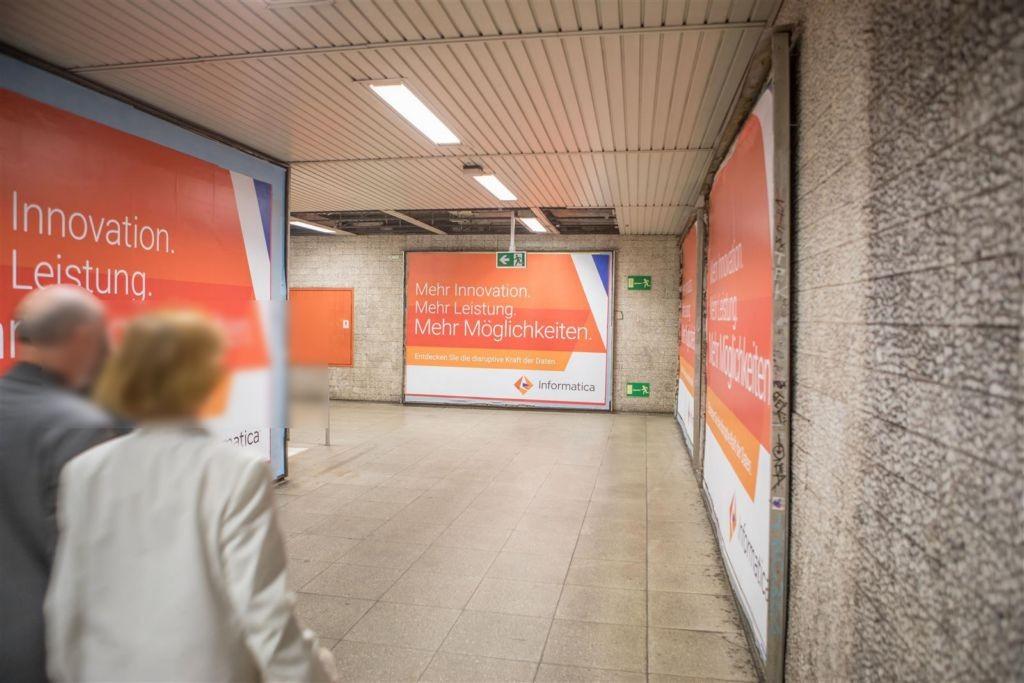 Willy-Brandt-Platz/Bahnsteig Ri. Hbf.