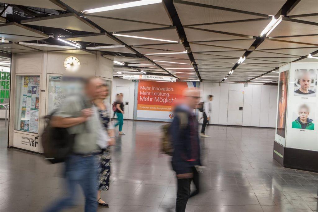 Willy-Brandt-Platz/B-Ebene/Ausg.Friedenstr.