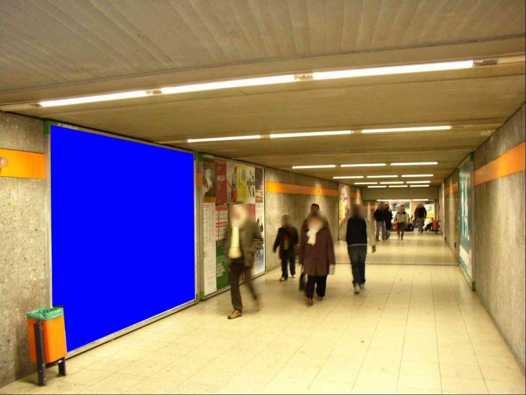 Scheidplatz Ausg. Krankenhaus Nh. Rolltreppe