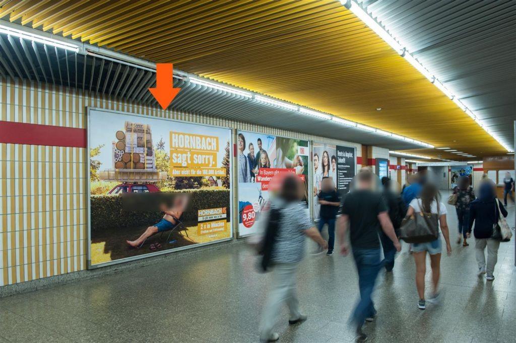 Rotkreuzplatz/Süd/Durchg. zur Halle li.