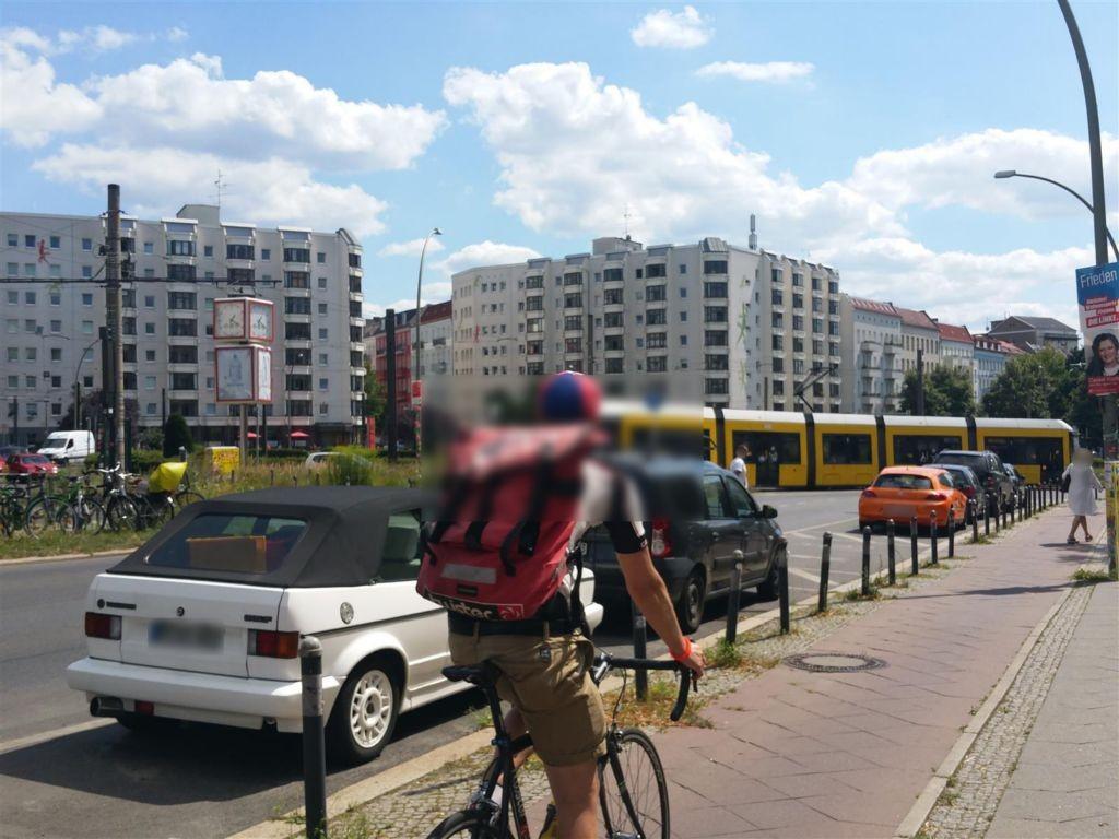Bersarinplatz/S.3