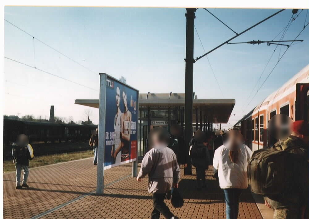 Bf, Bahnsteig 2 li.