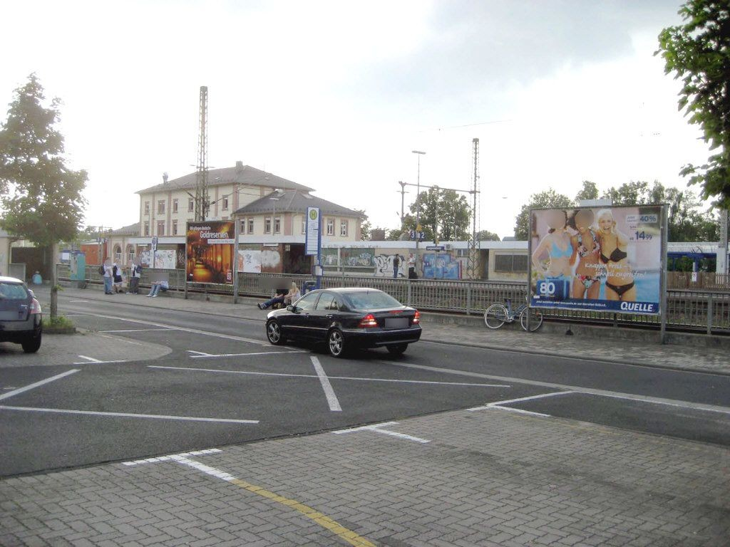 B43, Großparkplatz DB, Bus-HST re.