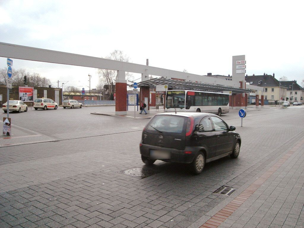 Konrad-Adenauer-Platz/Bus-Bf