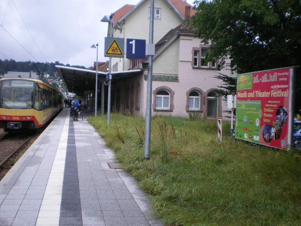 Bahnhofstr.   1