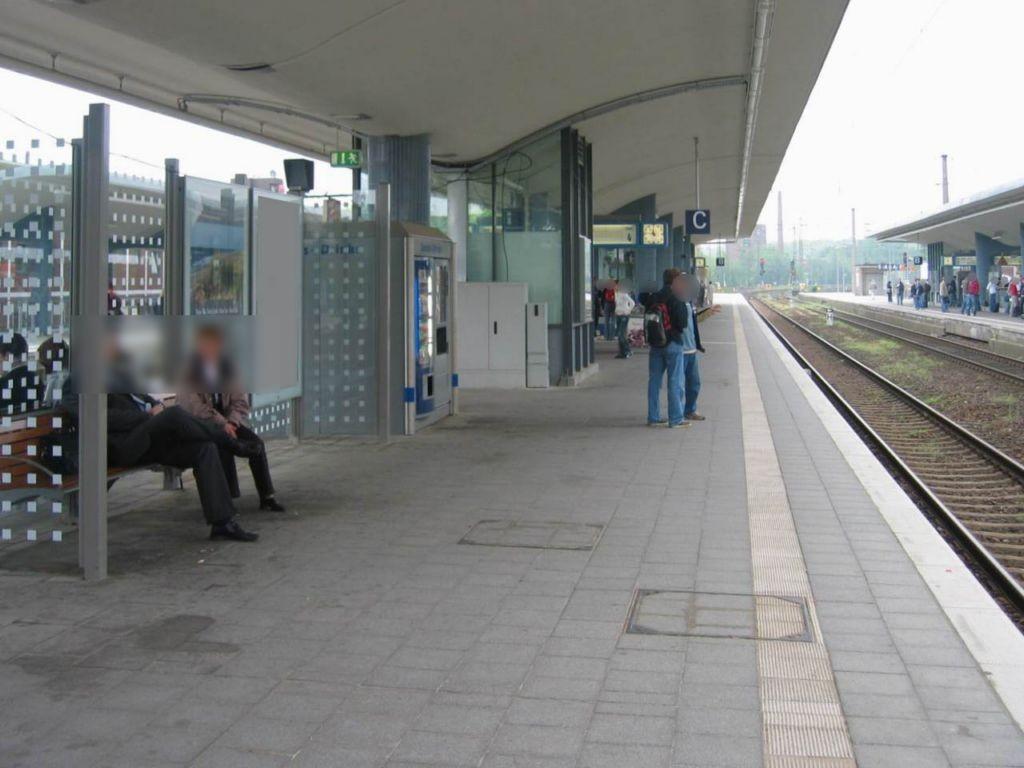 Hbf, Bstg., Gleis 4, 1. Sto.