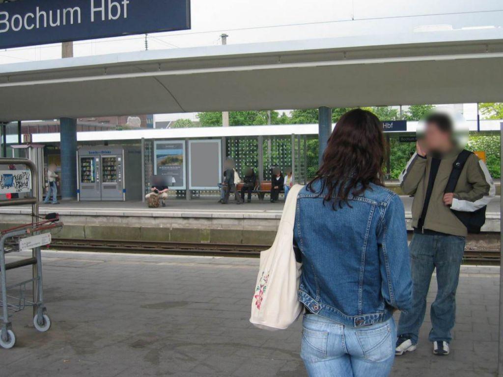 Hbf, Bstg., Gleis 5, 3. Sto.