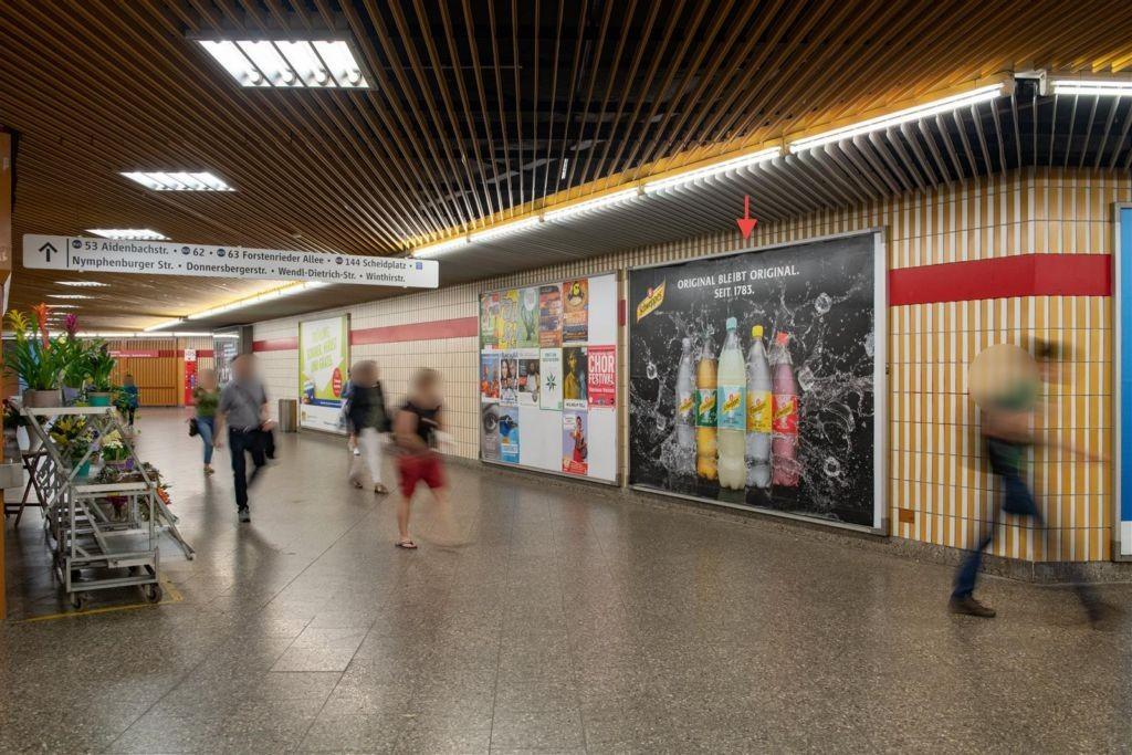 Rotkreuzplatz Halle geg. Kiosk 2. Sto.