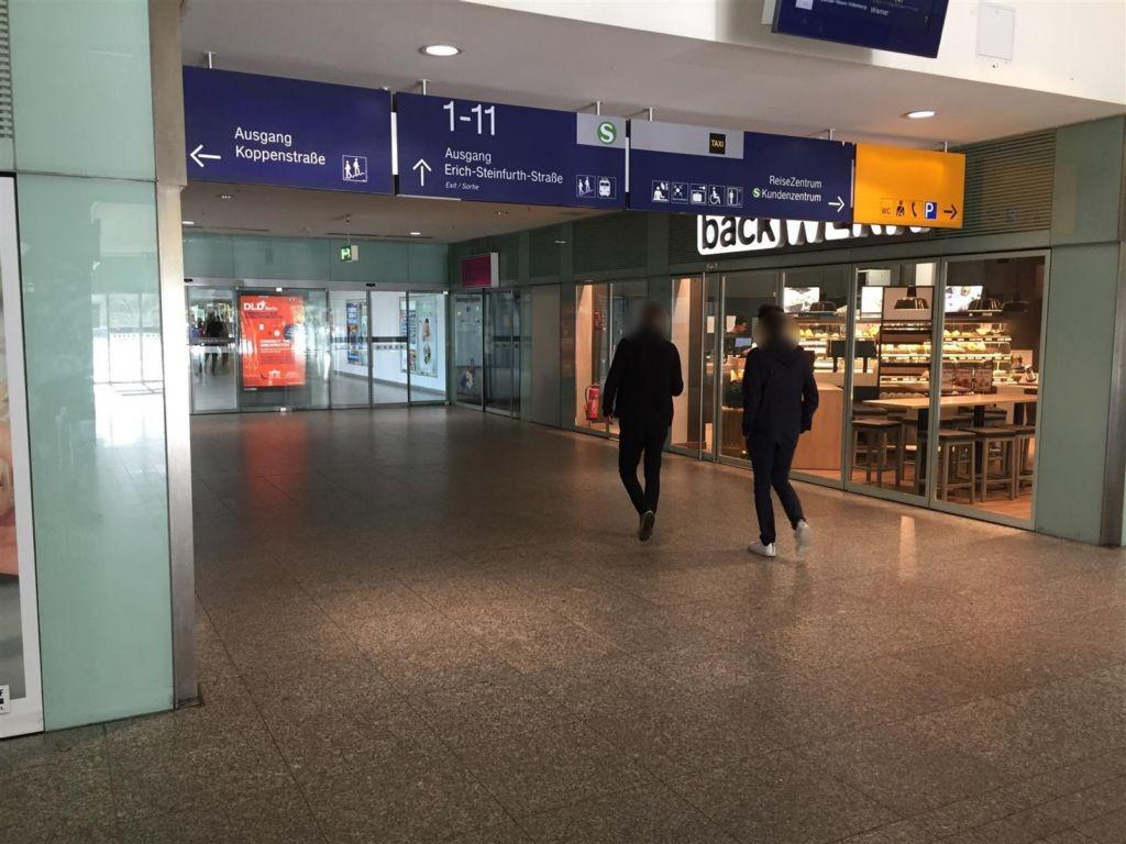 Bf Ostbahnhof, Westgang, von Minerva Halle