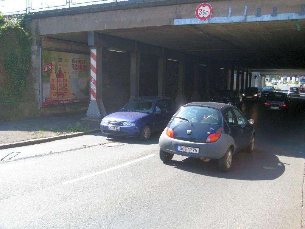 Maschmühlenweg  23, Ufg. sew., 1.Sto.